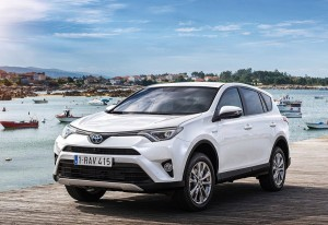 Toyota RAV4 hybrid 2016 test review