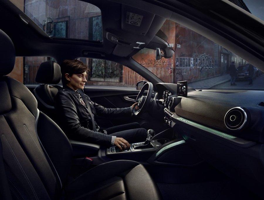 Audi q2 configurator staat live for Interieur q2