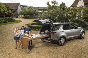 Land Rover Discovery als droomkeuken voor Jamie Oliver