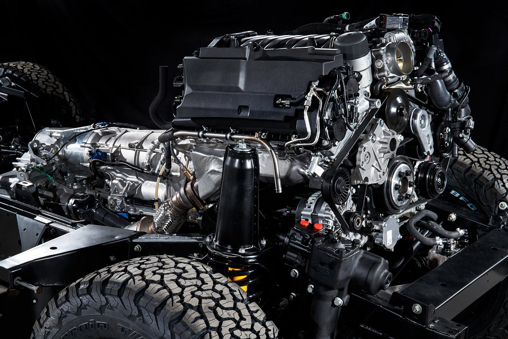 Land Rover introduceert de Defender Works V8