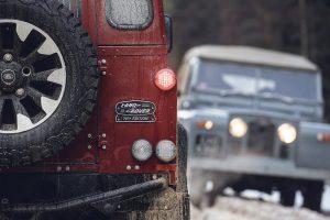 Land Rover introduceert de Defender Works V8